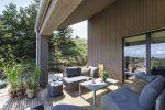 Terrasse med havemøblement i Skanlux trend sommerhus